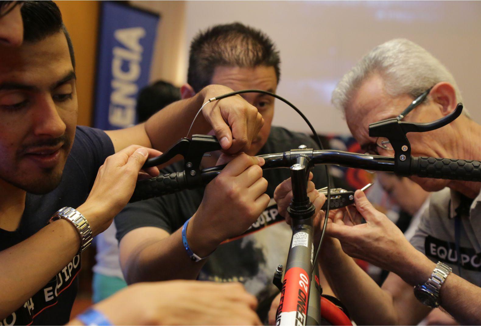 Arma tu bicicleta Actividad Acapulco